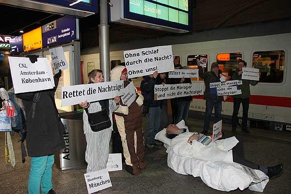 German media coverage of action in Hamburg