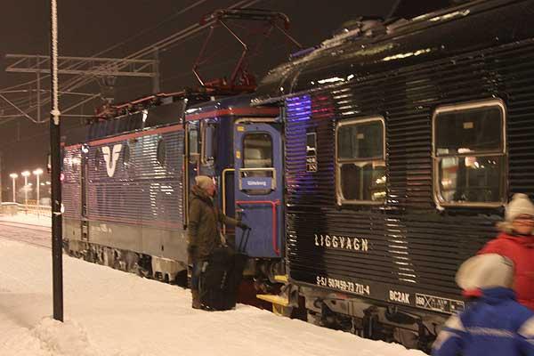 Save Swedish night trains